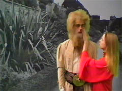 LALLA WARD and a Tharil - DOCTOR WHO - WARRIORS' GATE (1981)