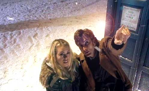 DOCTOR WHO - DAVID TENNANT and BILLIE PIPER in THE CHRISTMAS INVASION