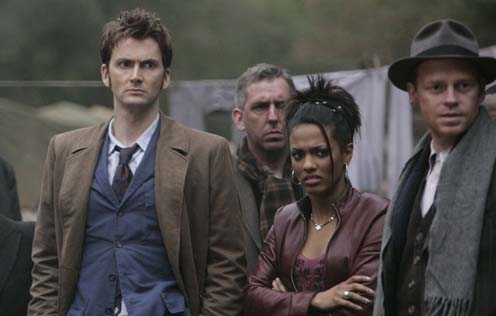 DOCTOR WHO - Episode 4 - DALEKS IN MANHATTAN  - David Tennant and Freema Agyeman - Photograph (c) BBC Adrian Rogers